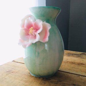 """4.5"""" Floral Vase!"""